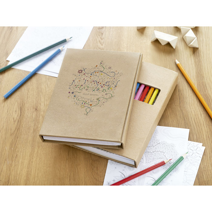 Bloc dibujos con 12 lápices