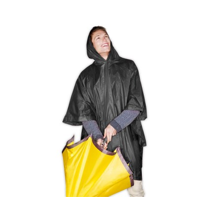 Impermeable plegable en estuche